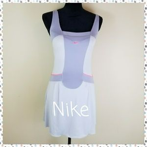 NIKE TENNIS DRESS W/ BUILT IN BRA, SIZE SMALL